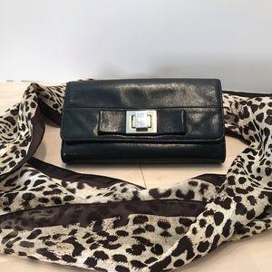 Badgley Mischka Ladies Black Leather Wallet w/ Bow